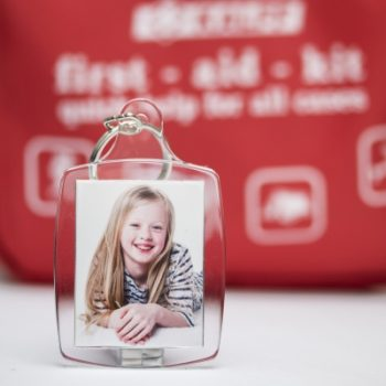 emergency photo keyring